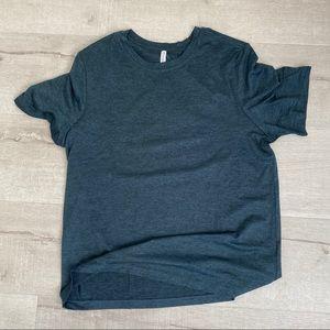 Fabletics t shirt